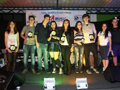 Colégio realiza primeiro festival BRAMUSIC