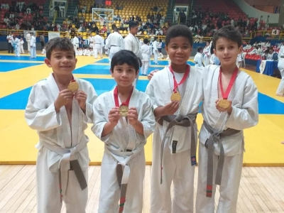 Alunos participam de Campeonato de Judô